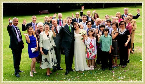 happy-wedding-family